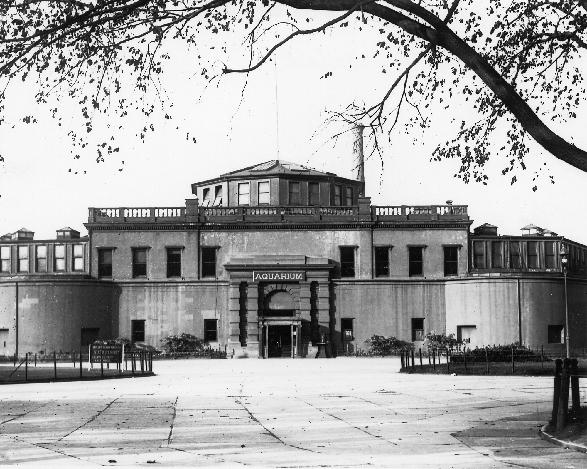 The Old New York Aquarium