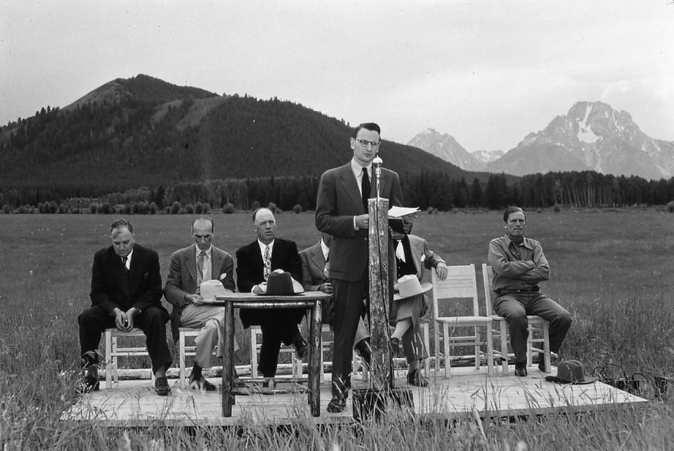 Celebrating the NPS Centennial in the Jackson Hole Wildlife Park